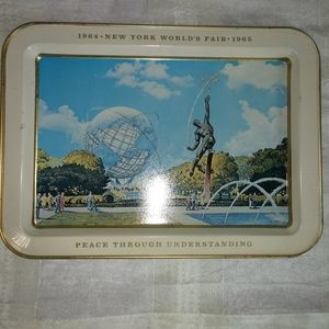 Vintage 1964-1965 New York World's Fair tray.